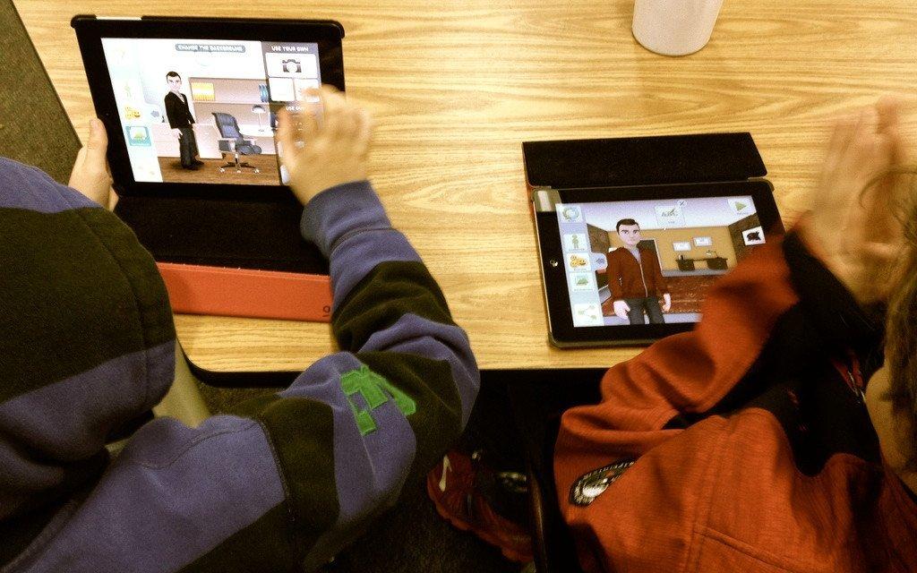 Digital Storytelling and Flipped Instruction using Tellagami