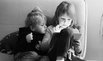 It's 2015. Are We Still Talking About Keeping Our Kids Away From Tech?