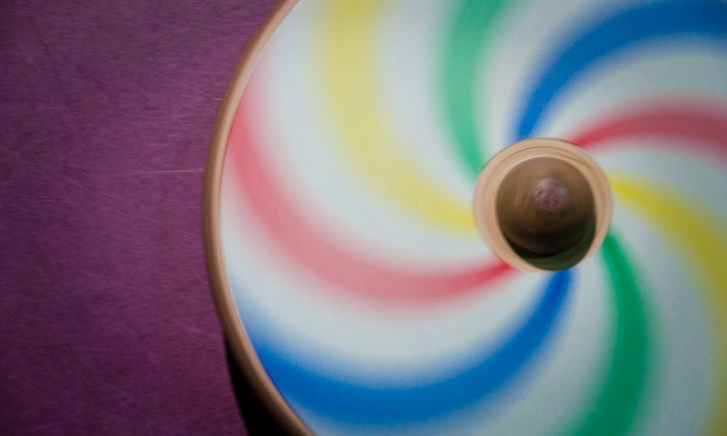 Cool Perpetual Motion Toys For Learning Fun