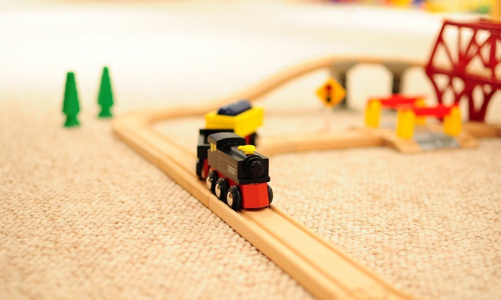 11 of the Best Train Sets for Kids