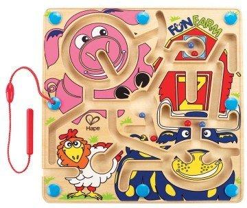 Fun Farm Maze by Hape