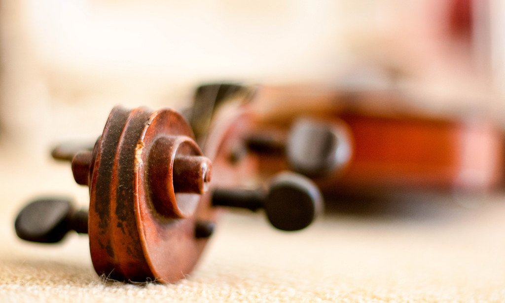 Top 9 Kids Violin Toys for Young Musicians