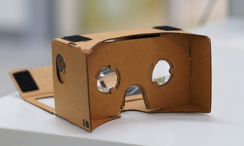 Using Virtual Reality in the Literature Classroom