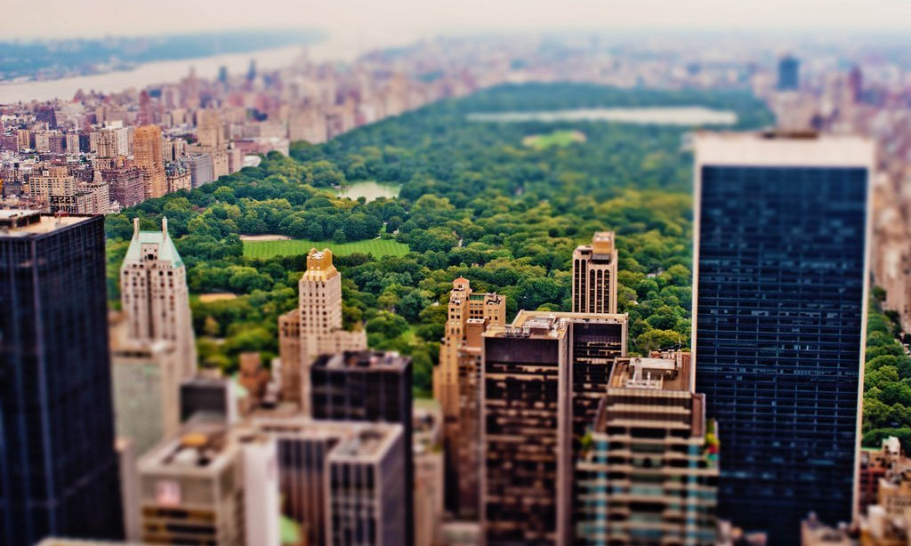 Think Like an Urban Planner to Create Successful Online Learning Communities