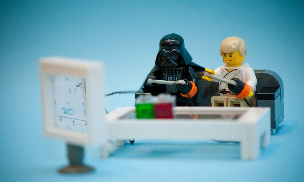 9 Lego Video Games for Cheeky Constructive Play!