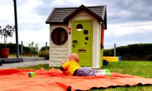 9 Playhouse Options for Pretend Play Fun