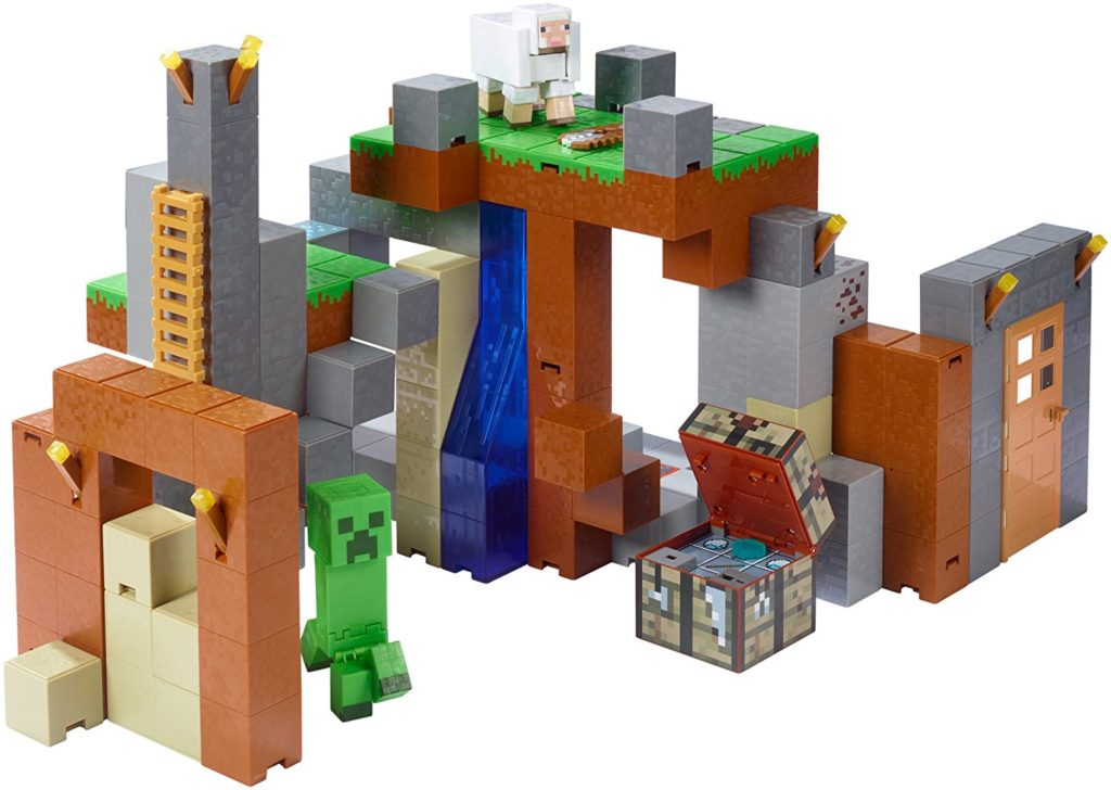 Minecraft Feature Playset and Figures