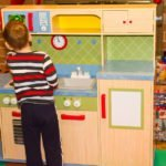7 Amazing KidKraft Kitchens That Will Get Your Little Chef Cooking