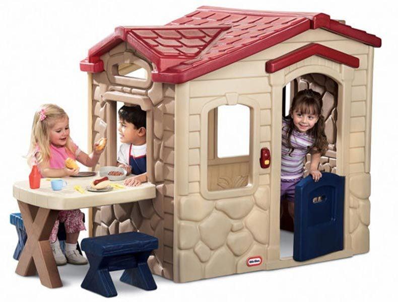 Little-Tikes-Picnic-Patio-Playhouse