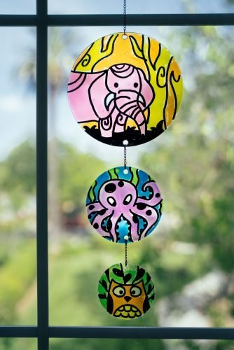kiwi co review - Doodle_Crate_Stained_Glass_Suncatcher
