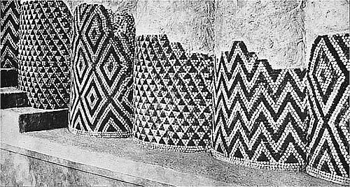 cone mosaic pattern columns, late uruk, c. 3300 3000 bc