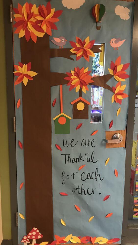 fun fall and thanksgiving classroom door
